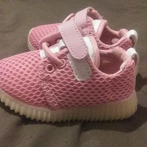 Other - Lil girls tennis shoes